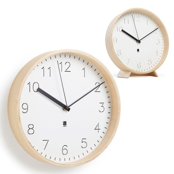 Rimwood clock
