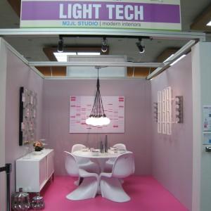 LIGHT_TECH