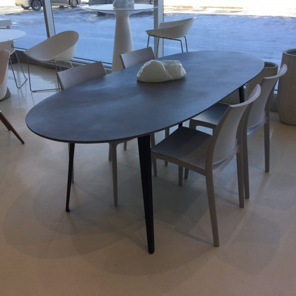 Tulum dining table mikaza meubles modernes montreal