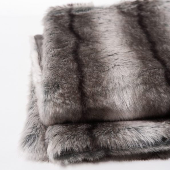 Aspen Deluxe Faux Fur / Velboa Throw – Black Stripe