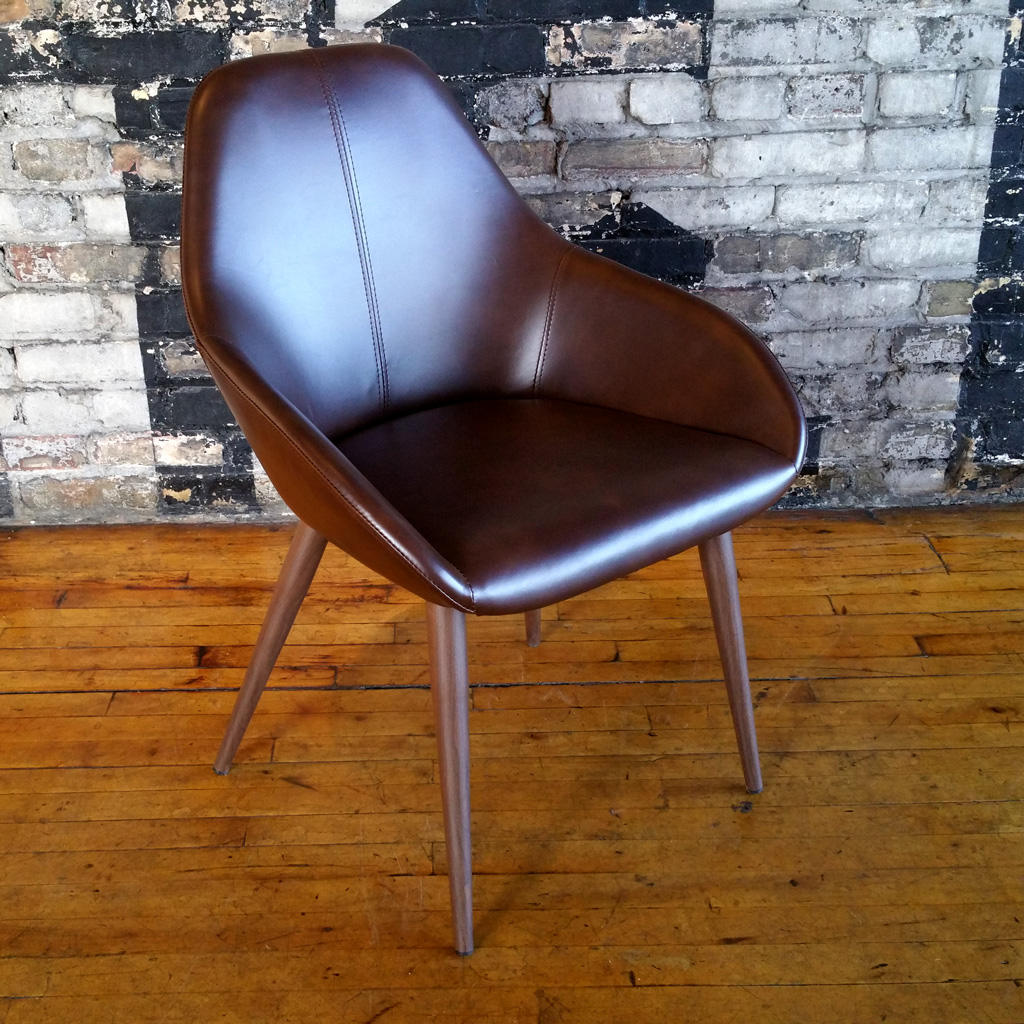 Grona Chair Mikaza Meubles Modernes Montreal Modern