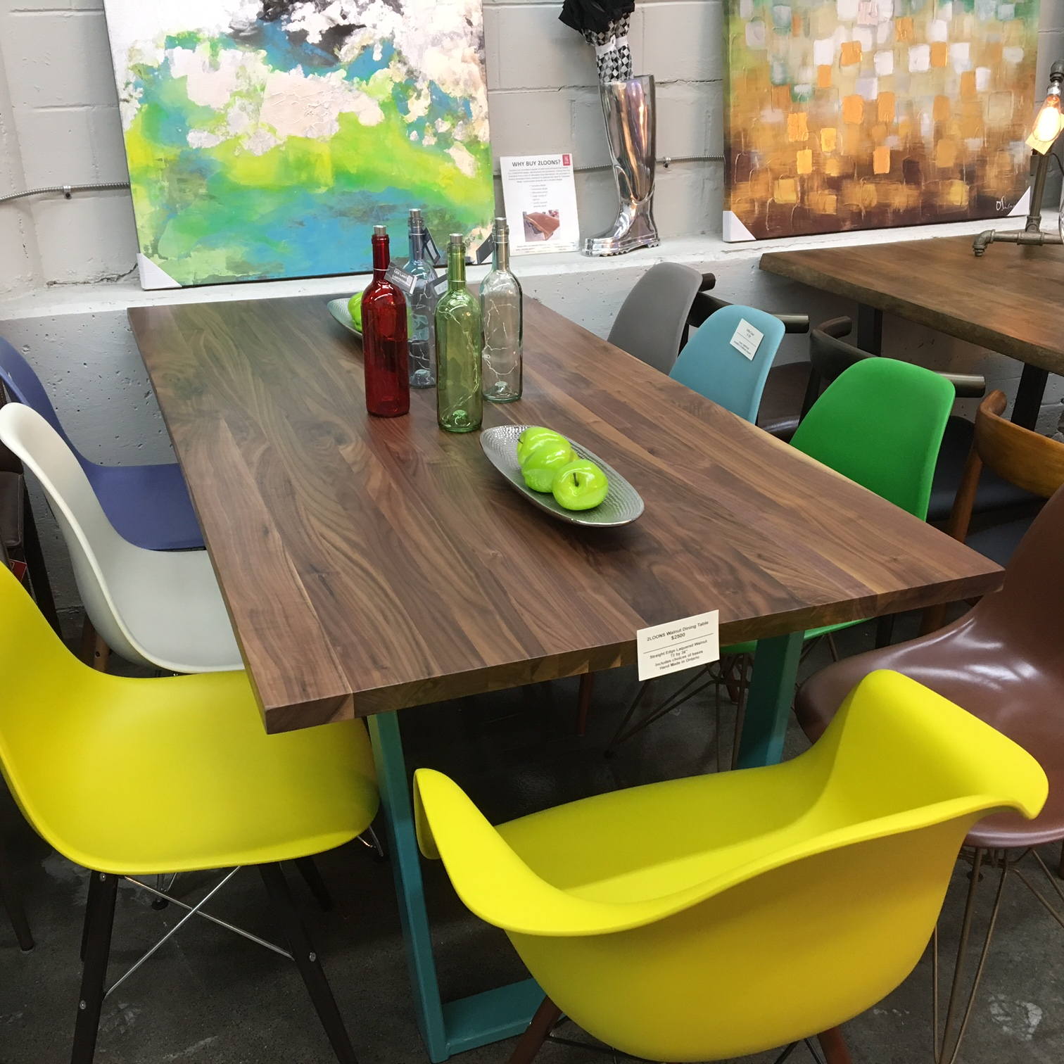 Mikaza Meubles Modernes Montreal: 2Loons Solid Walnut Tables