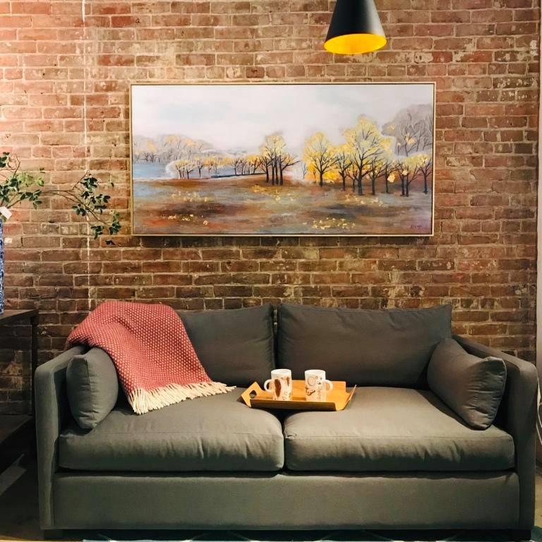 Mikaza Meubles Modernes Montreal: Aberdeen Condo Sofa Floor Model