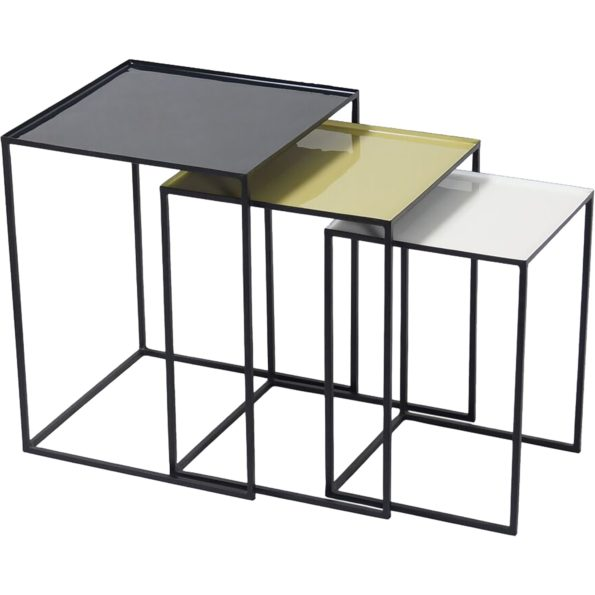 Arrie set of three nesting tables