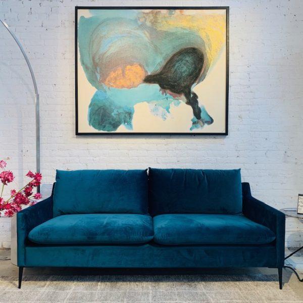 Naya condo sofa Mikaza